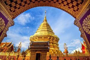wat phra som doi suthep, populära vackra tempel foto