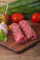 rå turkisk traditionell köttkebab foto
