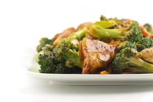 sauterade blandade kinesiska grönsaker med tofu foto