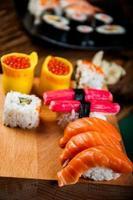 orientaliskt tema med sushi