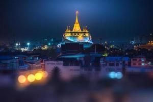 gyllene monterings tempel i bangkok (wat sraket, Thailand)