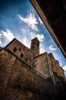 urbino, antika palats med låg vinkel foto