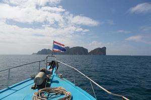 seglar till phi phis ön foto