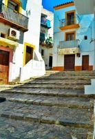 ibiza, Spanien. byggnader i gamla stan