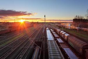 godståg och järnvägar foto