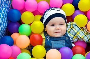 färgglada bollar foto