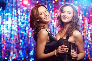 flickor på fest foto