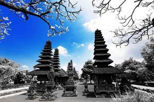 hinduismtempel i Bali Indonesien foto