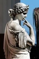 Korfu, Grekland.status vid palatsets akillion. foto