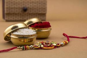 traditionella raksha bandhan-artiklar foto