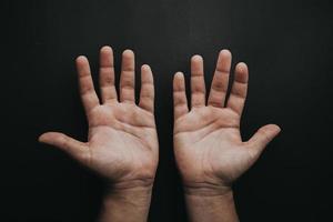 två öppna händer foto