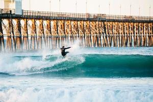 surfa i havet, ca foto