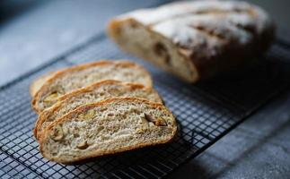 närbild av skivad bröd foto