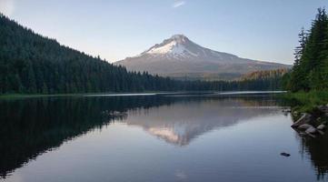 trilliumsjön Oregon foto