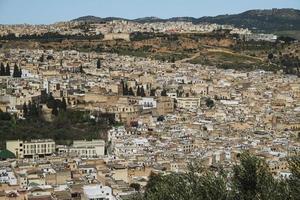 Flygfoto över medina av Fez, Marocko foto