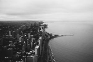 chicago skyline och lake michigan