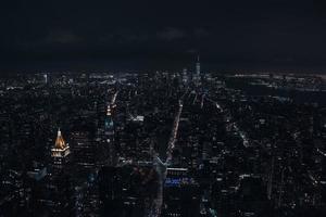 new york city skyline på natten foto