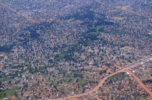 antenn av en afrikansk slum, i juba, södra Sudan foto