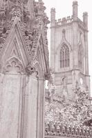 detalj om St. Lukes kyrkorruiner, Liverpool