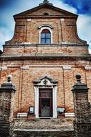 santa maria kyrka i corinaldo foto