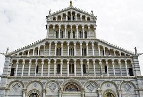 pisa katedral fasad foto