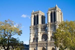fasad av Notre Dame-katedralen, Paris, Frankrike foto