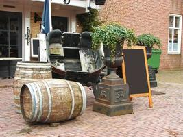 restaurang i den nederländska staden Heusden, Nederländerna foto