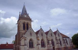 medeltida församlingskyrka foto