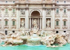 trevifontän, fontana di trevi, efter restaureringen 2015