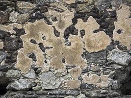 rester av ett murverk, überreste von einem mauerwerk foto