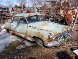 gammal skräpbil