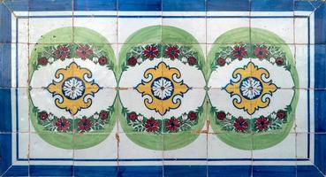traditionella portugisiska glaserade plattor foto