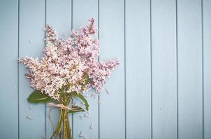 sommarbukett med lila foto