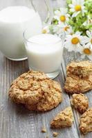 mjölk- och havremjölskakor foto