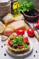 uppsättning ingredienser för matlagning foto