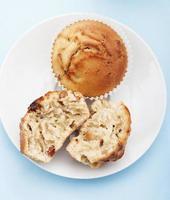 läckra muffins med äpple och kanel foto