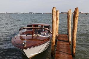 båt i Venedig foto