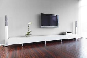 elegant modernt vardagsrum inredning foto