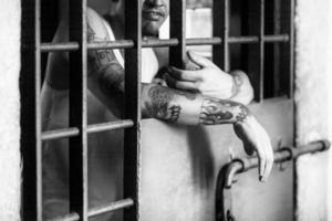 fångarhänder - fängelse foto