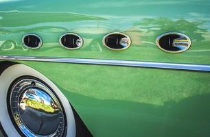 buick roadmaster fender - 1950-talet foto
