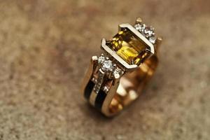 tillverkning och reparation av smycken foto