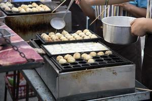 japansk mat takoyaki foto