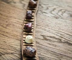 schweiziska chokladgodisar foto