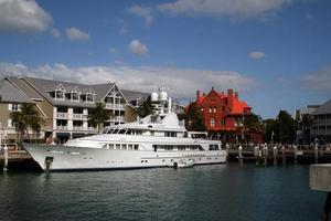 lyxbåt ansluten vid Key West, Florida foto