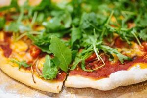 hemlagad pizza foto