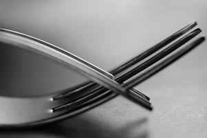 konstnärlig modern bestickgaffel, minimalistisk koncept foto