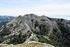 natursköna berg i Kroatien foto