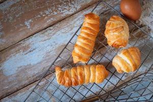 färskt bröd från ugnen foto