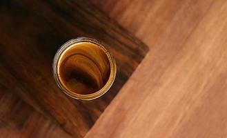 ovanifrån av brun träfläck