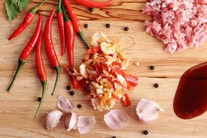 thailändska örtingredienser foto